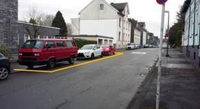 Hol- und Bringzone Händler Straße